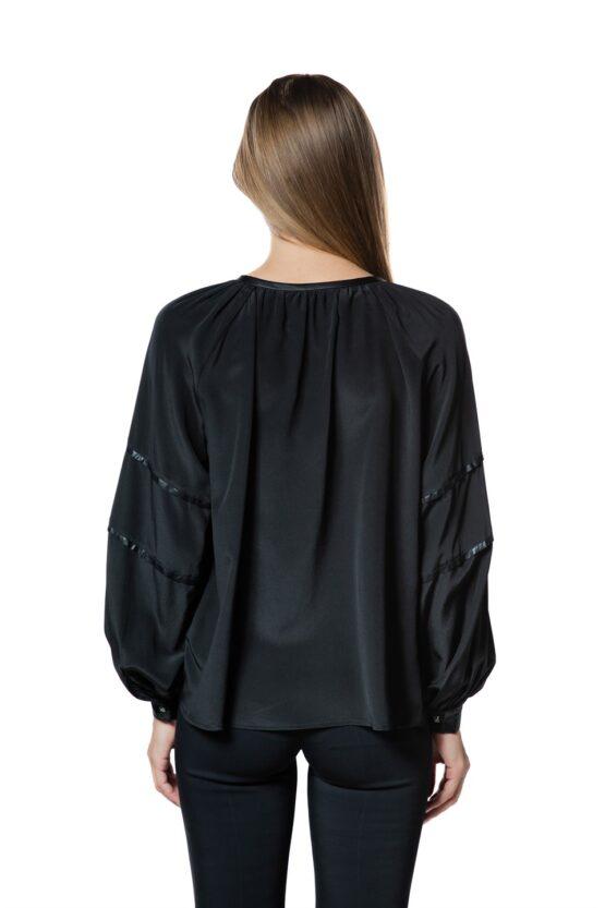 Блуза HUNTER